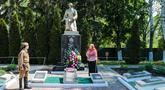 Братская могила  г.п. Брагин 1981